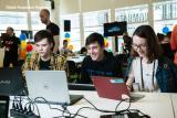 Продолжается набор в группу первого курса Лицея Академии Яндекса на площадке СурГУ постер плакат