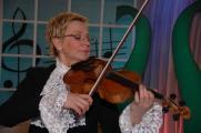 Концертная программа для детей «Весёлые уроки музыки с Виолеттой Модестовной». Заслуженная артистка России Светлана Степченко постер плакат